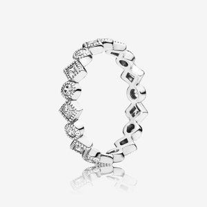 Pandora Alluring Brilliant Princess Ring 6 / 52 🌺